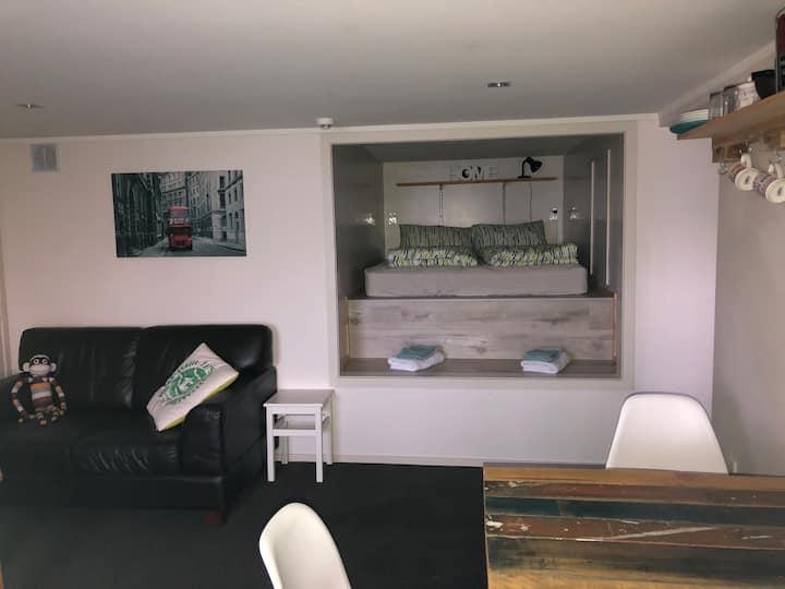Spacious Studio Apartment (35 square metres)