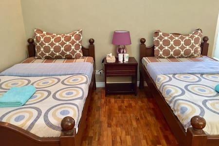 Room for 2 (3rd Floor - Shared Bathroom) - Mandaue City - Rumah Tamu