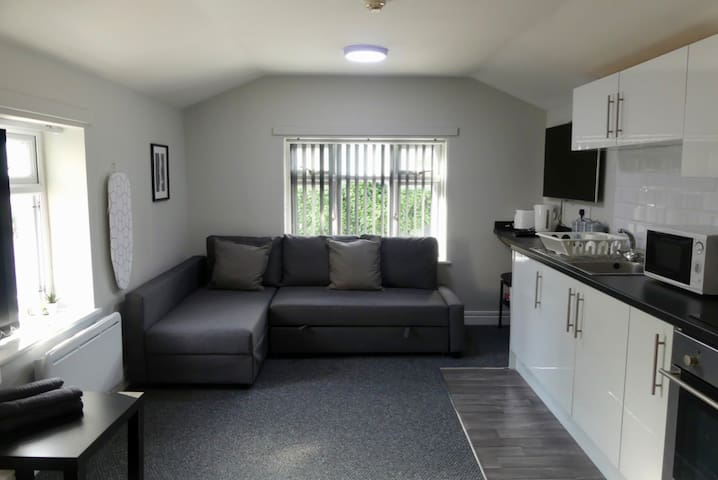 8 Person Apartment In City Centre