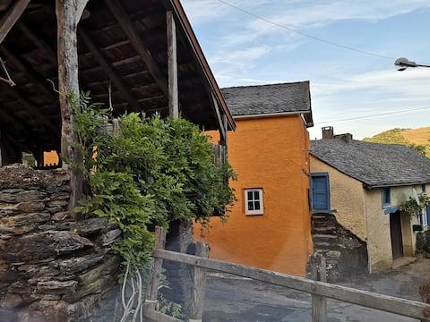 Vallée du Tarn : 6 à 8 pers.  en pleine nature