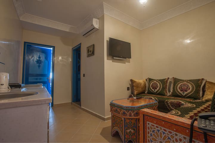 Private twin room (Puerta Azul)