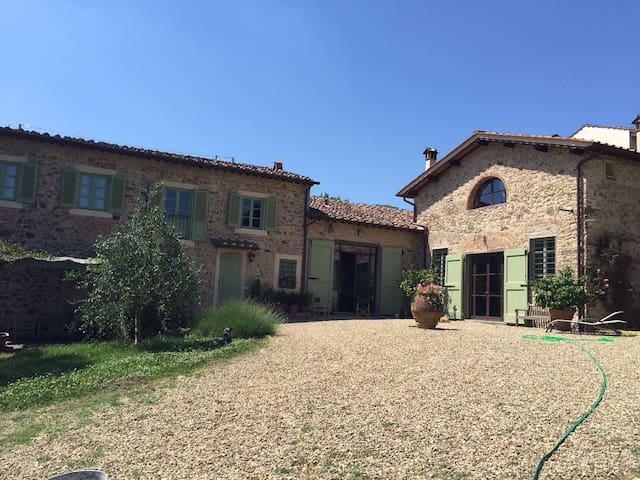 Beautiful Country House in Florence - Bagno a Ripoli - Oda + Kahvaltı