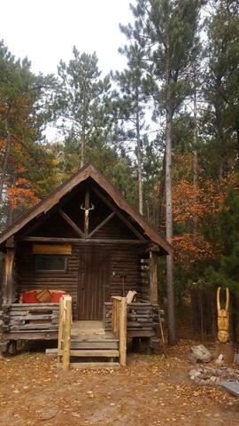 Viking Cabin next to Lake Superior