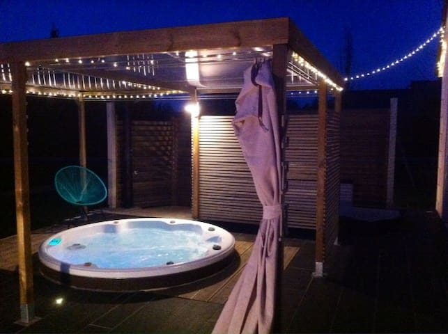 Relaxation and Spa next to the castle of Amboise