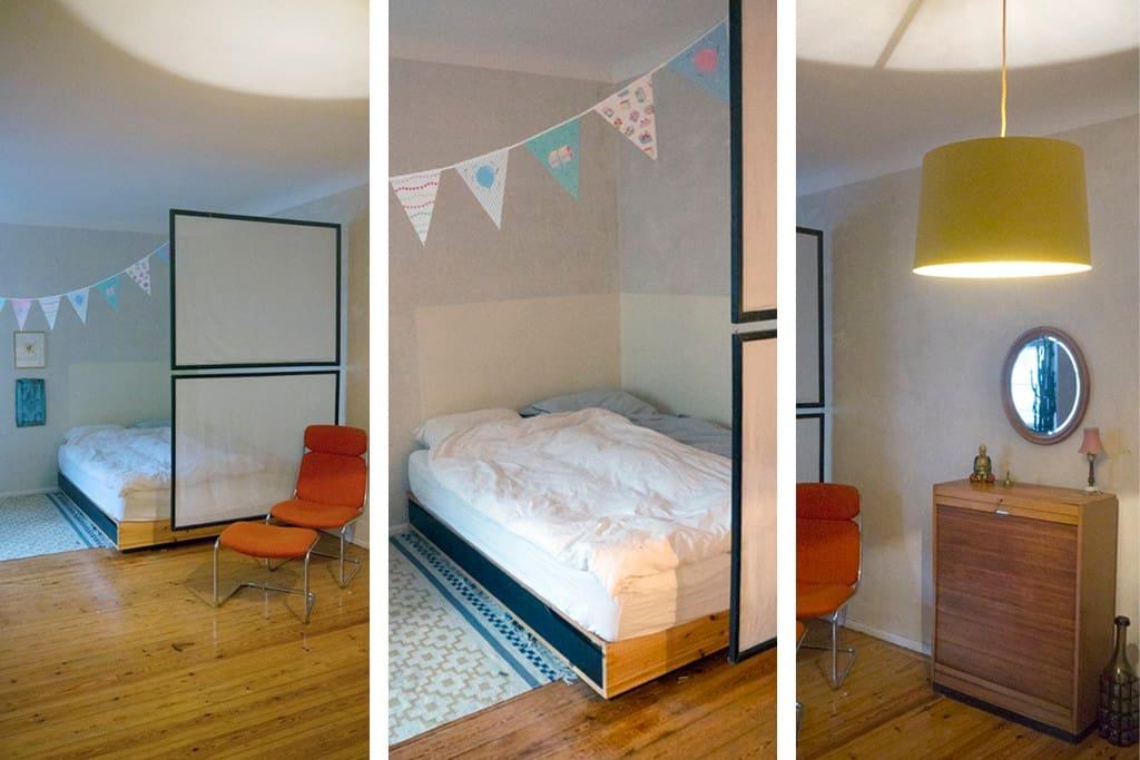 Das Schlafzimmer. Groß und gemütlich