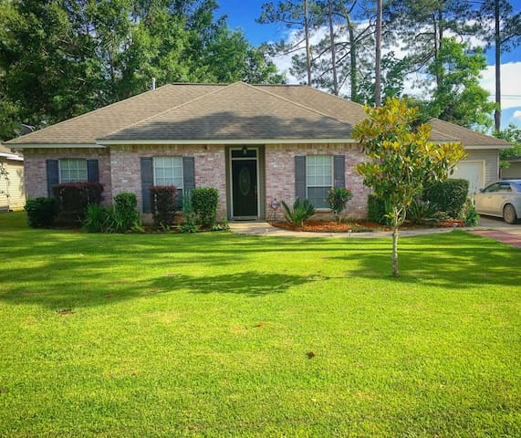 Comfy home near Abita Springs/NOLA - Abita Springs - House