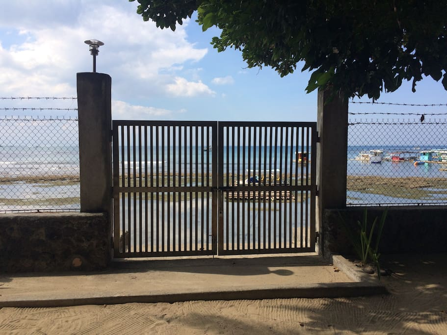 Gate going to the beach