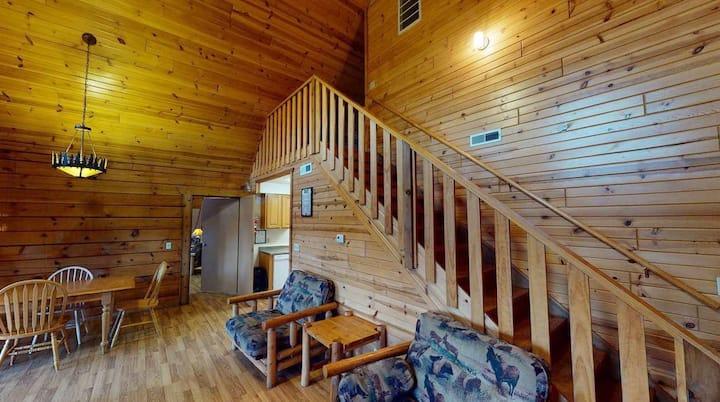 Yogi's Villa 907- with Adjoining Doors to Lodge