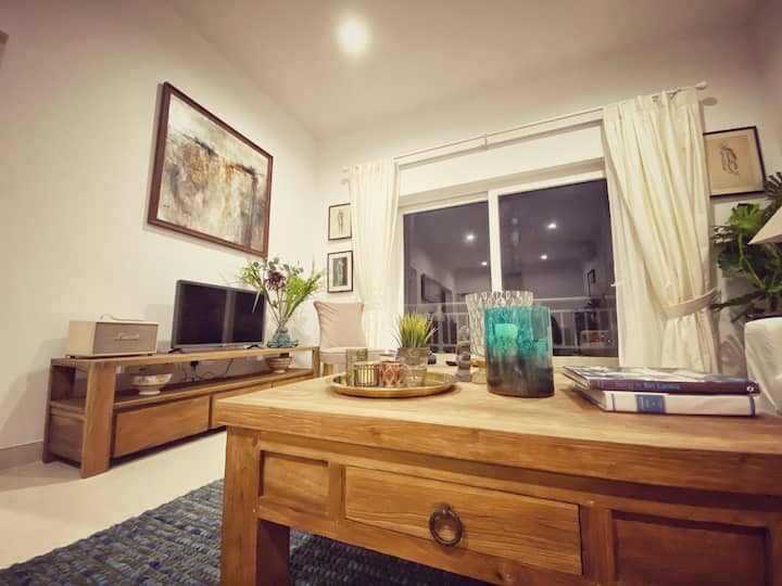 The Gallery 902: Cosy 3Br Apt in Galle