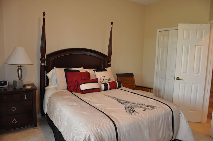 Your place at Castle Pines, Port St Lucie, Florida