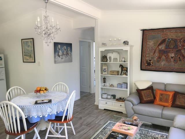 Best Exotic Magnolia Cottage - Bundanoon - Rumah Tamu