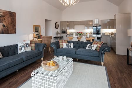 Byre - Self Catering Cottage (sleeps 4) - Casa