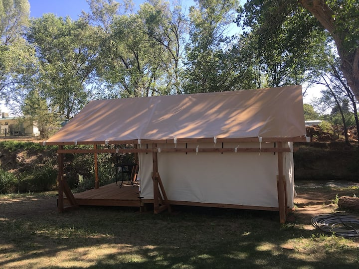 Safari Tent On The Creek