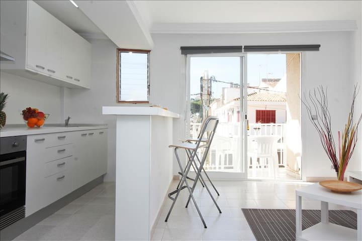 Centric apartment 100 meters from the beach. - Can Picafort - Huis