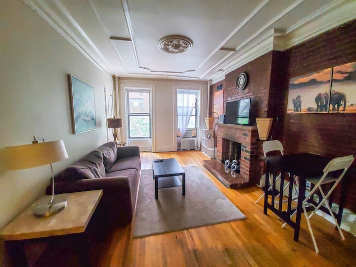 MY HOME / YOUR HOME /BEAUTIFUL HUGE 1BR
