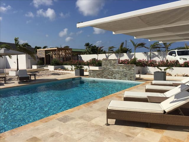 Luxurious 1 bedroom apartments in West Point - Curaçao