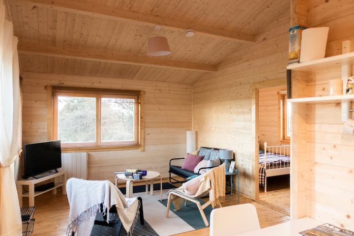 Charming, cosy cabin in scenic central Mayo