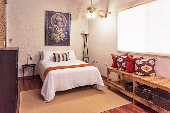 Private Room in San Pedro GG, Monterrey, Mexico