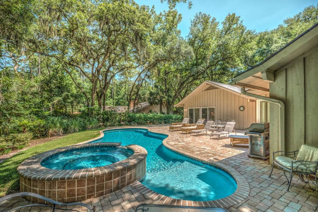 Wind Song- Vacation Rentals by Five Star Properties