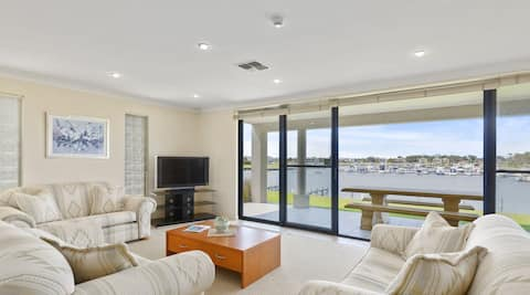 Coorong Quays, waterfront townhouse with views.