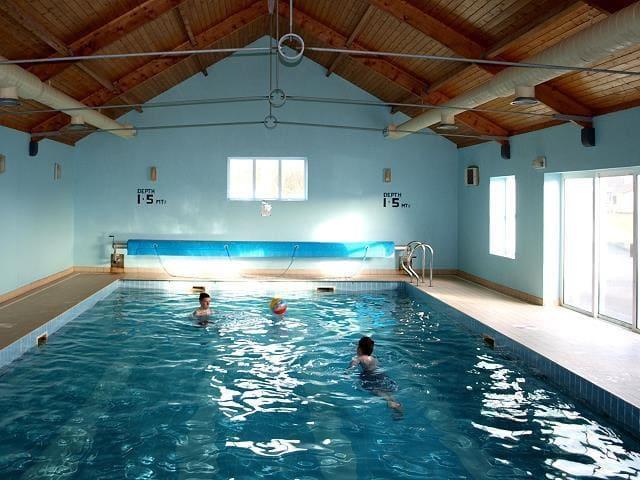 Caherush lodge Sleeps 10 Wild Atlantic Indoor Pool