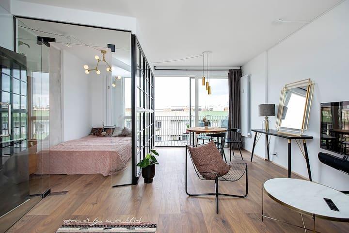 Vesterbro 5th floor Studio