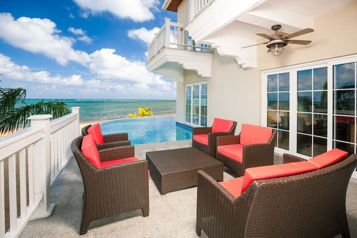 Idyllic 3BR Beachfront Luxe Condo w/Pool