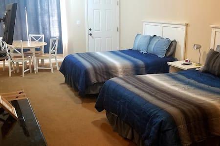 Quad room-Ensuite-Standard-#3