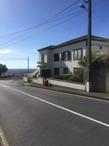 4 bedroom home in Vila Franca