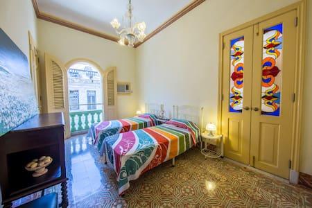 Casa Leo: Room Elegante - Apartment