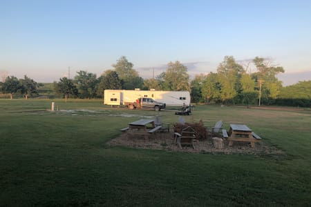 Campsites with Full Hook Ups overlooking GypHills