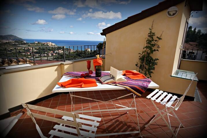 Sea view rustic apartment with terrace | Ap08 - Poggi - Apartment