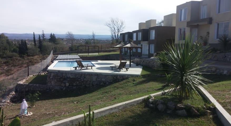 Duplex Villa Carlos Paz Santa Cruz del Lago - Villa Carlos Paz - Flat
