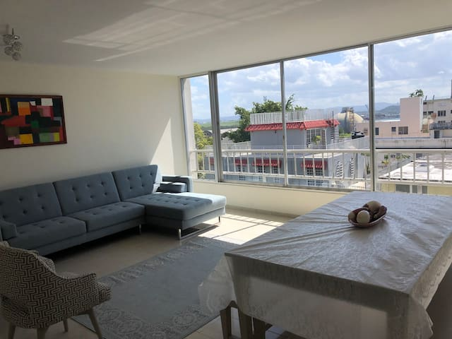 Modern & Remodeled Apartment with view in Miramar