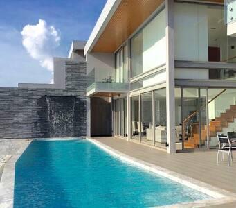 Phuket Capesienna Villa - Appartement
