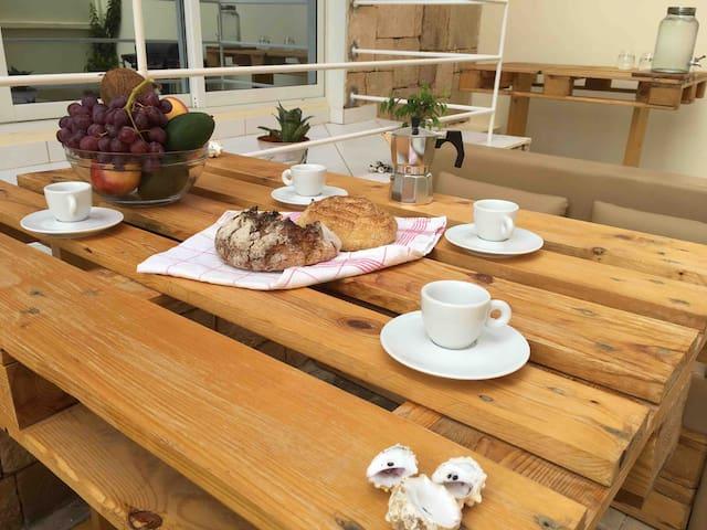 Terra Kriola @ Garden w/Lounge and BBQ -A/C - WiFi