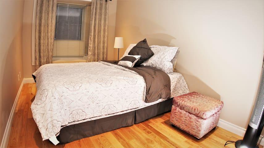 Bed Room 2 (Main Floor)