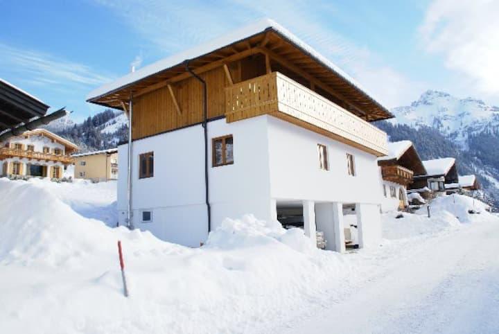 Haus Lukas 3 Tannheimertal Austria