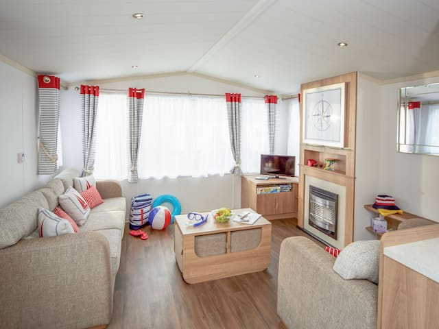 Holiday Home Devon Cliffs for 8 persons