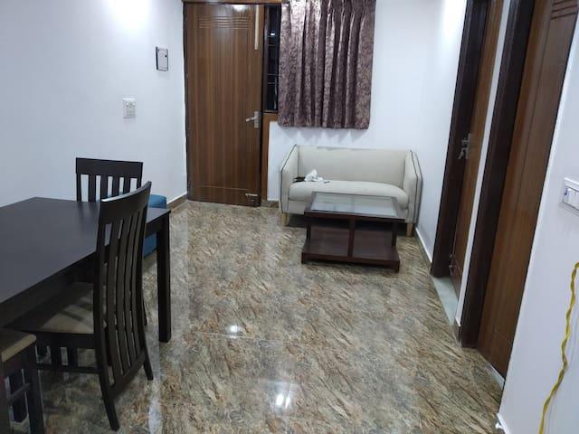 Entire 3 Bedroom Apartment Near Vaishali Metro