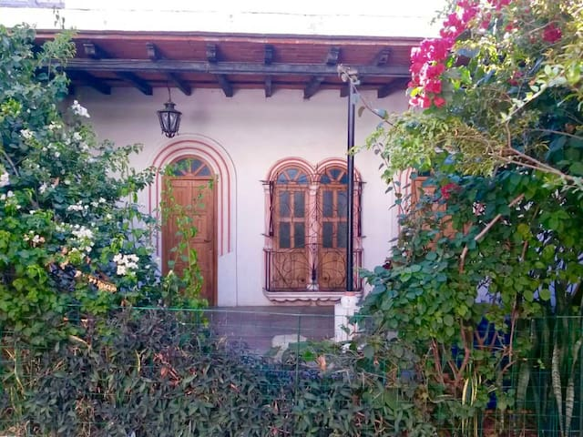Charming apartment in Colonial House - Oaxaca - Huis