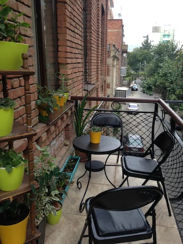 Cozy apartment near Vake Park - Tbilisi - Apartament