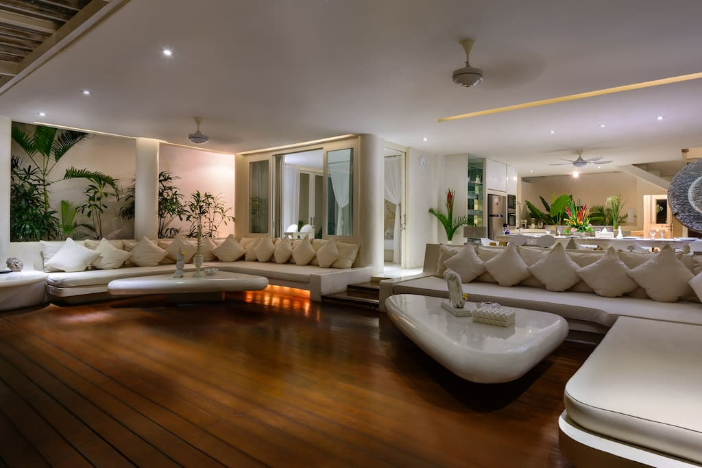 Lounge area by night
