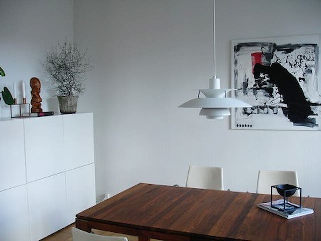 Modern, spacious and beautiful apt. in Østerbro - København - Apartment