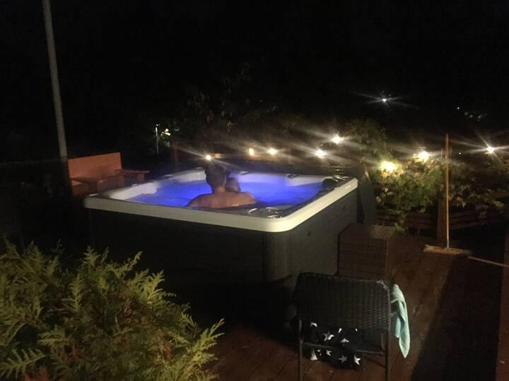 Archipelago house, spa bath, 4 bedroom, outdoorfun