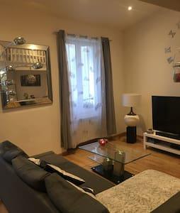 Grand Beau studio centre ville - Toulon