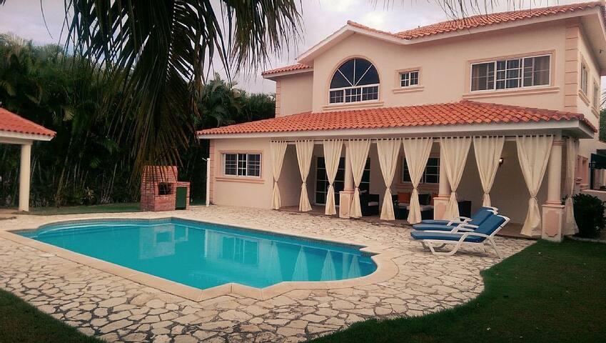 Luxury Golf Villa With Private Pool - Playa Juan Dolio - Villa