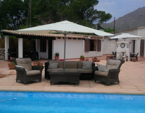 Prvt Annex, Htd pool, Jacuzzi, air con, wifi - Pollença - House