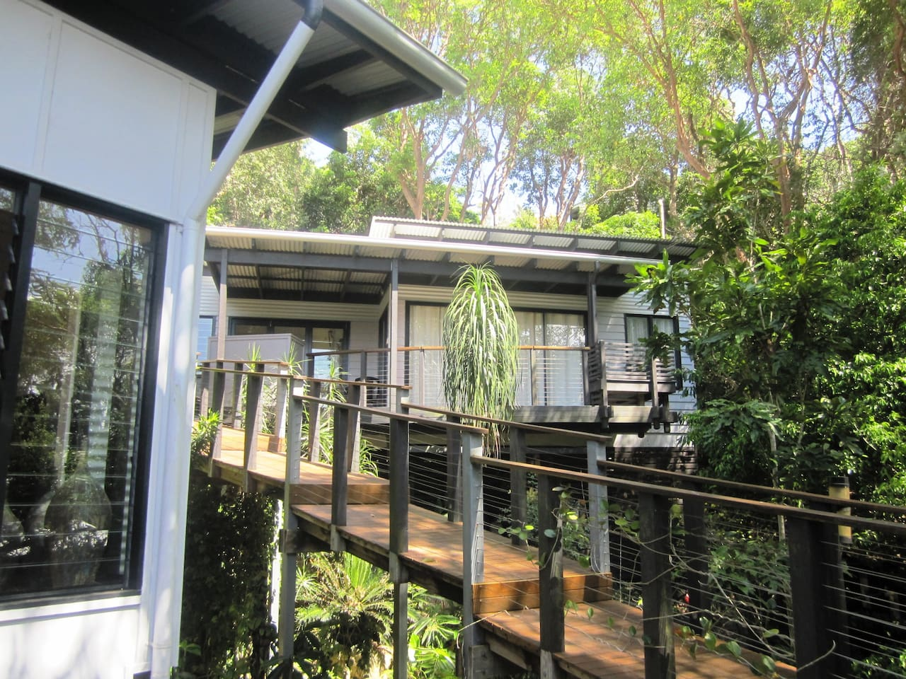 Bliss is a standalone guesthouse/studio offering complete privacy and only 5 mins from Coolum's famous bays, boardwalk and Coastal Pathway
