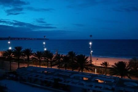Ferienwohnung direkt am Strand - Palma - อพาร์ทเมนท์